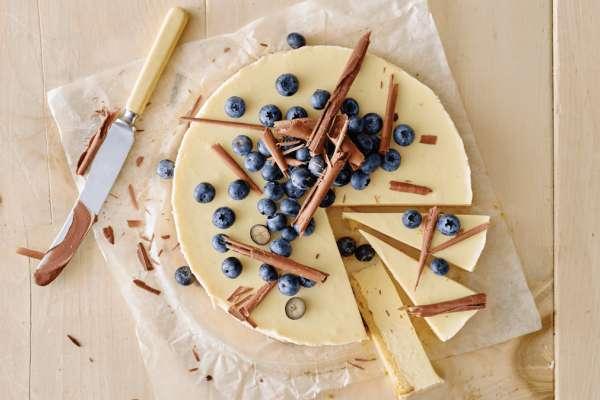 Wonderful White Choc Cheesecake With Blueberries