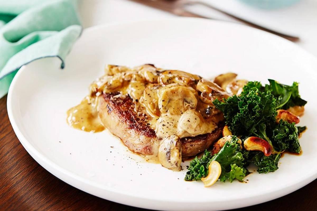 Rib fillet steak kale salad
